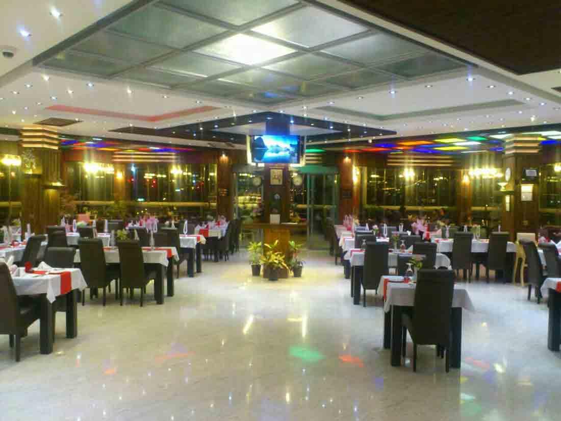 رستوران آریا در زنجان